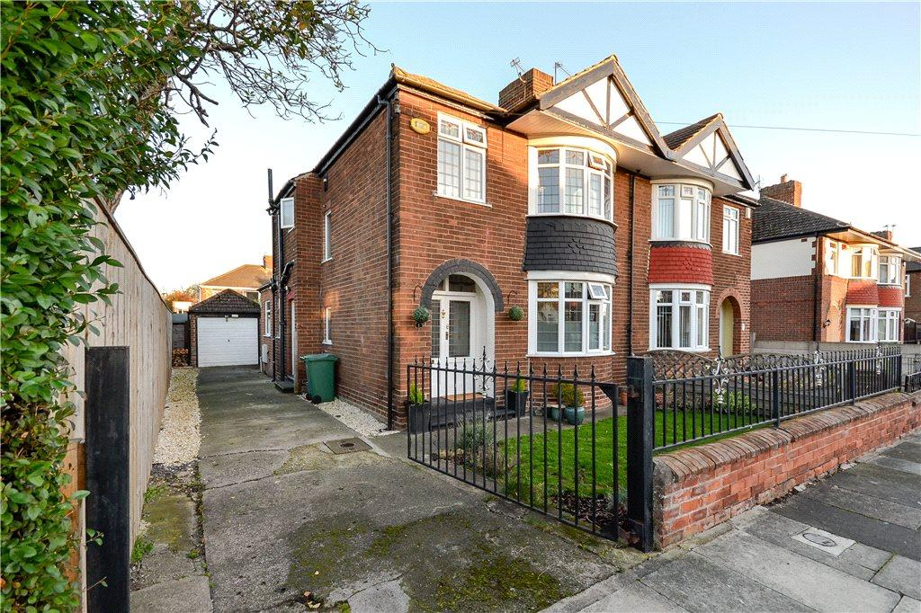 3 Bedrooms Semi Detached House for sale in Chelmsford Avenue, Stockton-on-Tees
