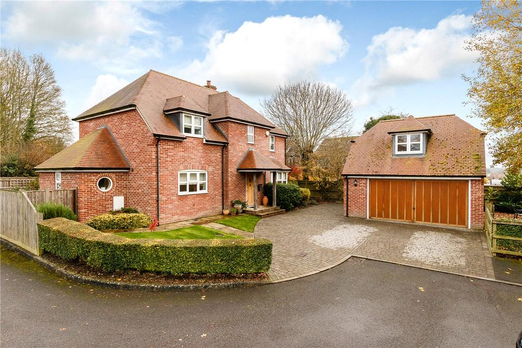 4 Bedrooms Detached House for sale in Burroughs Drove, Burbage, Marlborough, Wiltshire, SN8