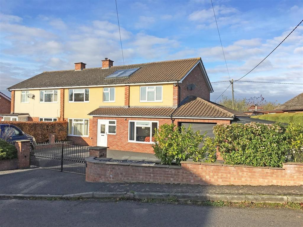 4 Bedrooms Semi Detached House for sale in Church Road, Lyde, Hereford, HR1