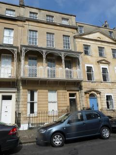 2 bedroom flat to rent - West Mall, Clifton