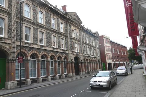 2 bedroom flat to rent - The Atrium, City Centre