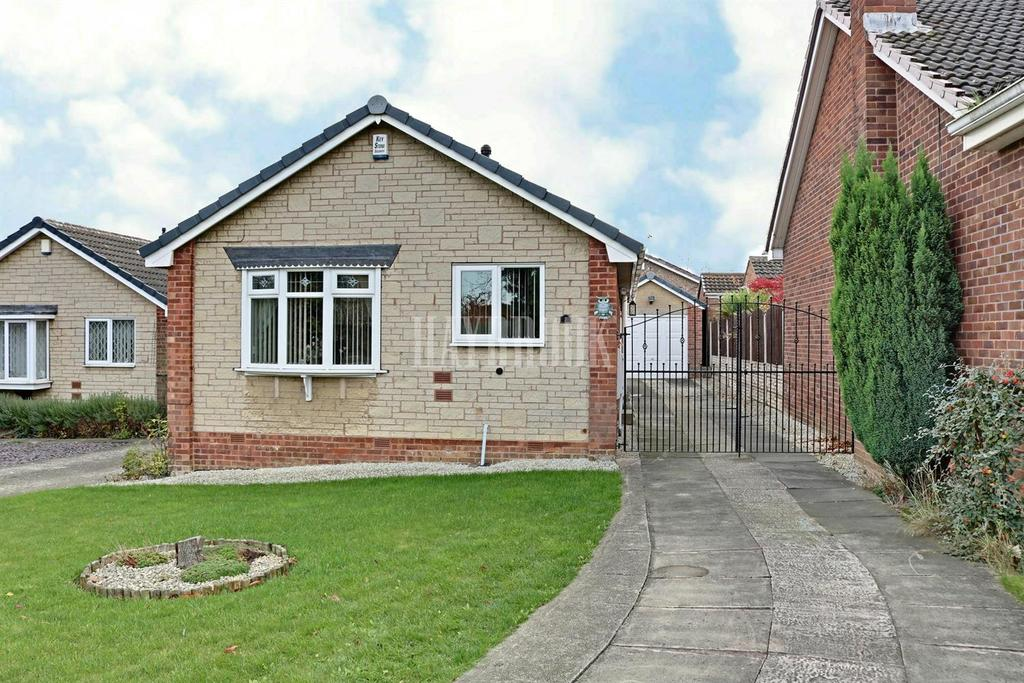 2 Bedrooms Bungalow for sale in Beckton Avenue, Waterthorpe