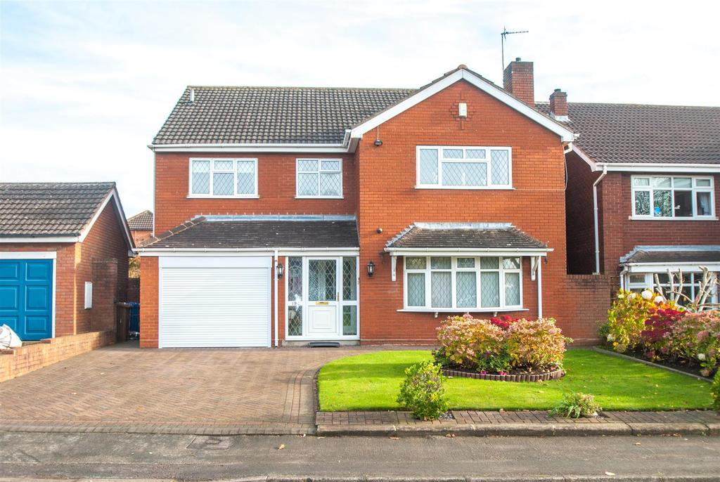 3 Bedrooms Detached House for sale in Curborough Road, Lichfield