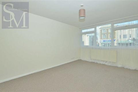 2 bedroom flat to rent - The Chiltons, South Woodford