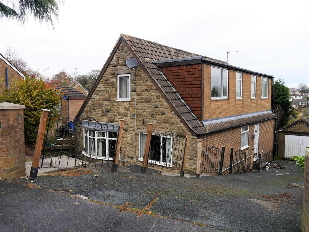 4 Bedrooms Detached House for sale in Markfield Close, Low Moor, Bradford, BD12 0UW