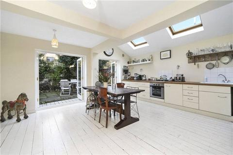 3 bedroom terraced house for sale - St Elmo Road, Shepherds Bush, London, W12