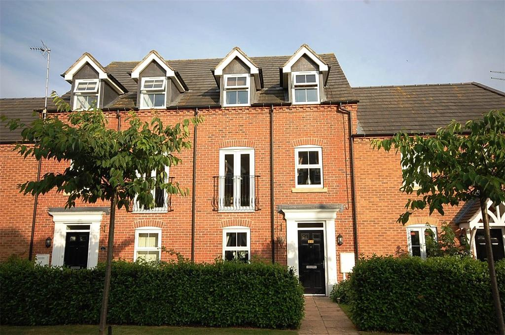 4 Bedrooms Town House for sale in Arran Close, Greylees, Sleaford, Lincolnshire, NG34