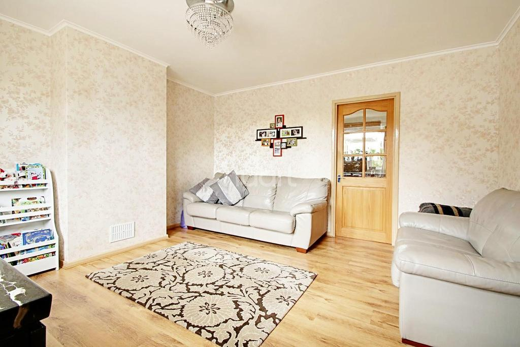 3 Bedrooms Semi Detached House for sale in Colville Road, Cherry Hinton, Cambridge