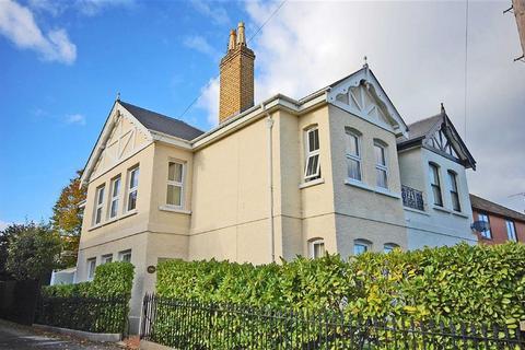 4 bedroom semi-detached house for sale - Cirencester Road, Charlton Kings, Cheltenham, GL53