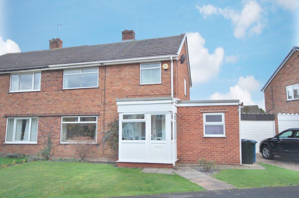 4 Bedrooms Semi Detached House for sale in St Lawrence Boulevard, Radcliffe On Trent, Nottingham