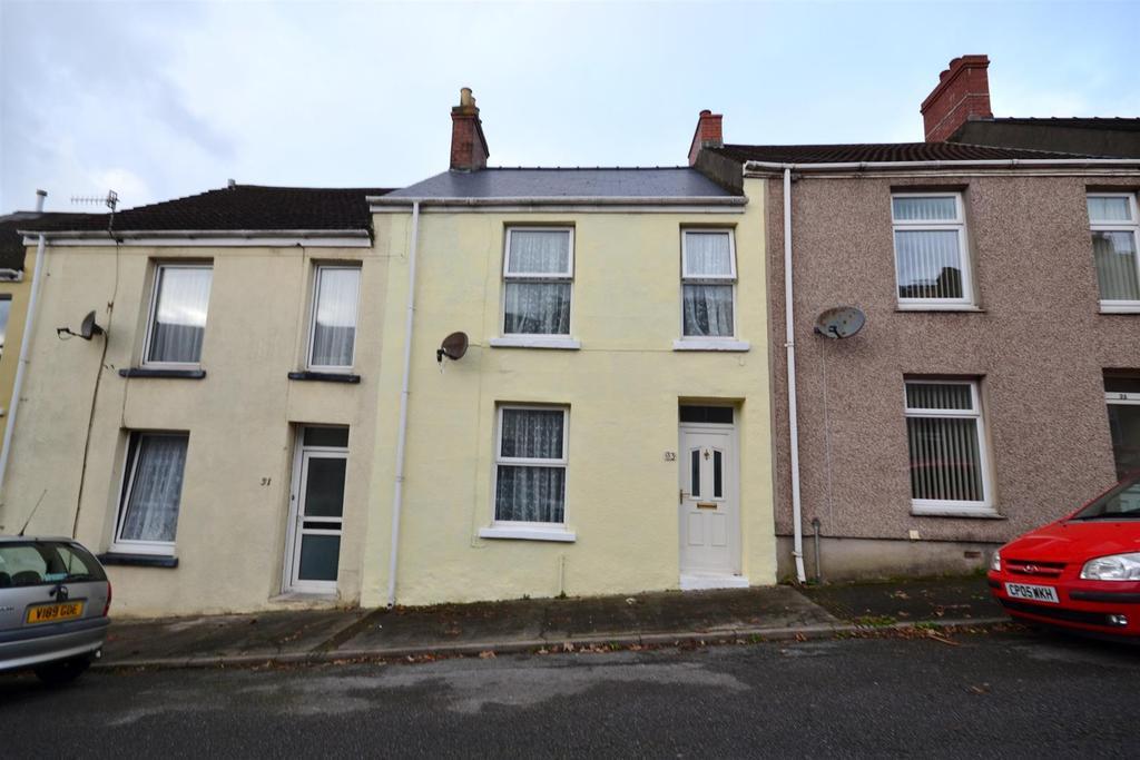 3 Bedrooms Terraced House for sale in Arthur Street, Pembroke Dock