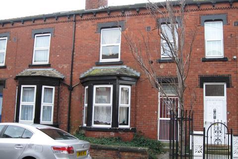 5 bedroom terraced house to rent - Sholebroke Mount, Leeds LS7