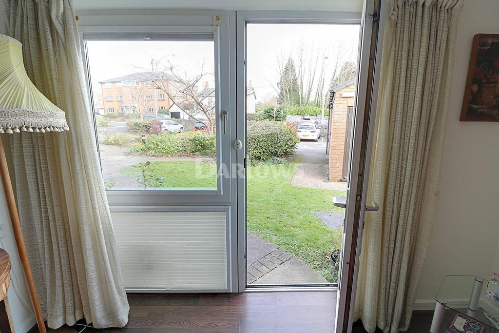 1 Bedroom Flat for sale in Homelong House, Heol Hir, Llanishen, Cardiff, CF14