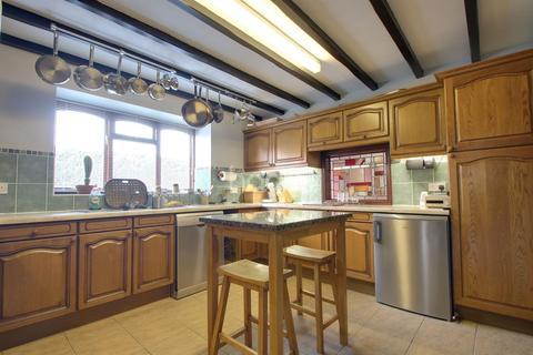 3 bedroom bungalow for sale - Millfield Road, Metheringham