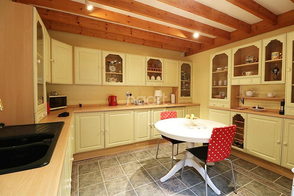 3 Bedrooms End Of Terrace House for sale in Northgate, Newark