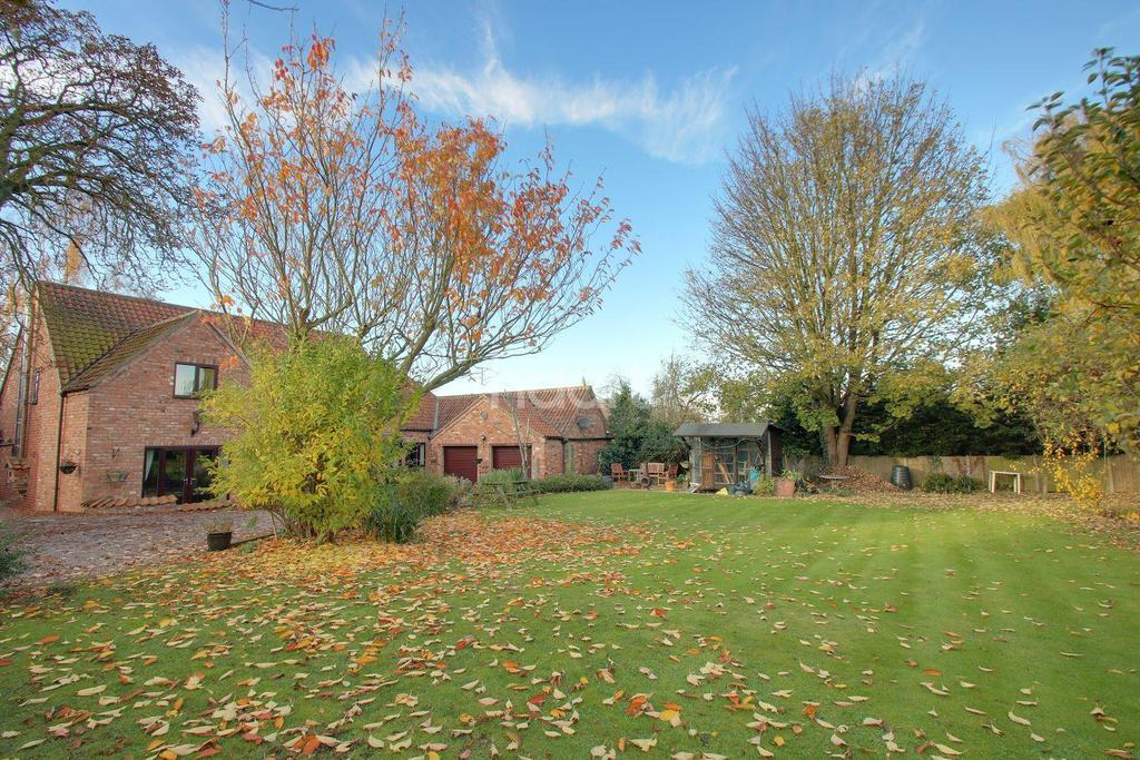 5 Bedrooms Detached House for sale in Sturton by Stow, Lincoln
