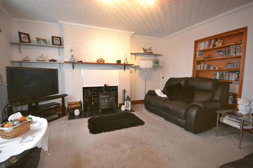 4 Bedrooms Cottage House for sale in Station Road, St. Clears, Carmarthen