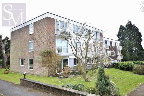 2 bedroom flat to rent - Greenhill, Buckhurst Hill, Essex
