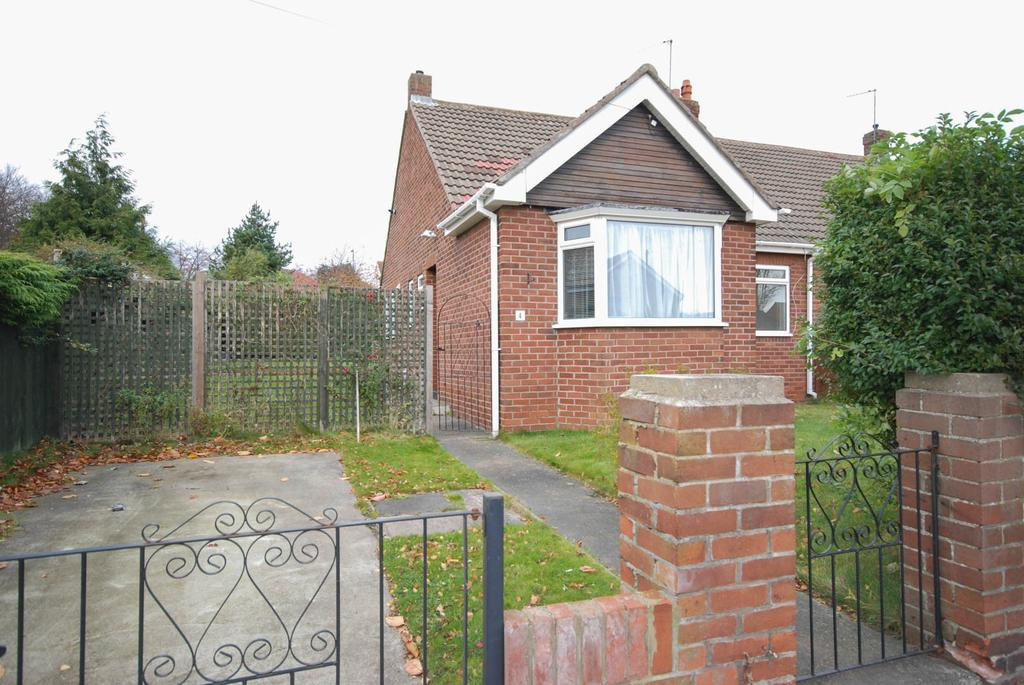 2 Bedrooms Bungalow for sale in Charter Drive, East Herrington