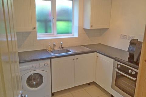1 bedroom flat to rent - MORETON ROAD, WORCESTER PARK KT4