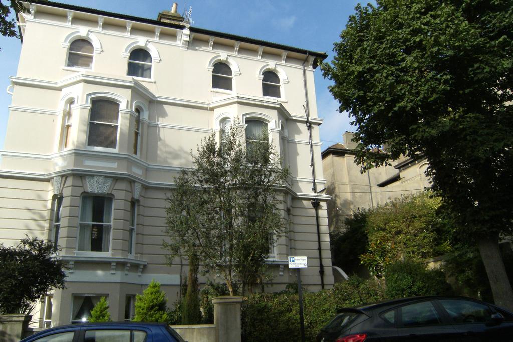 Studio Flat for sale in Buckingham Road, Brighton BN1