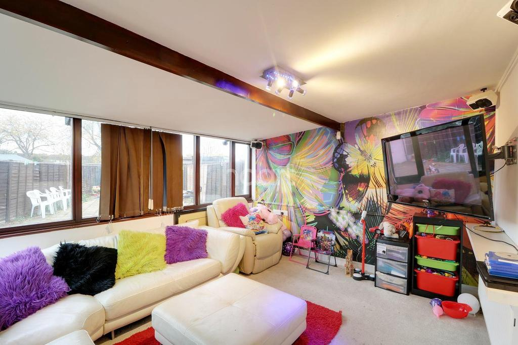 3 Bedrooms End Of Terrace House for sale in Whitethorn Avenue, West Drayton