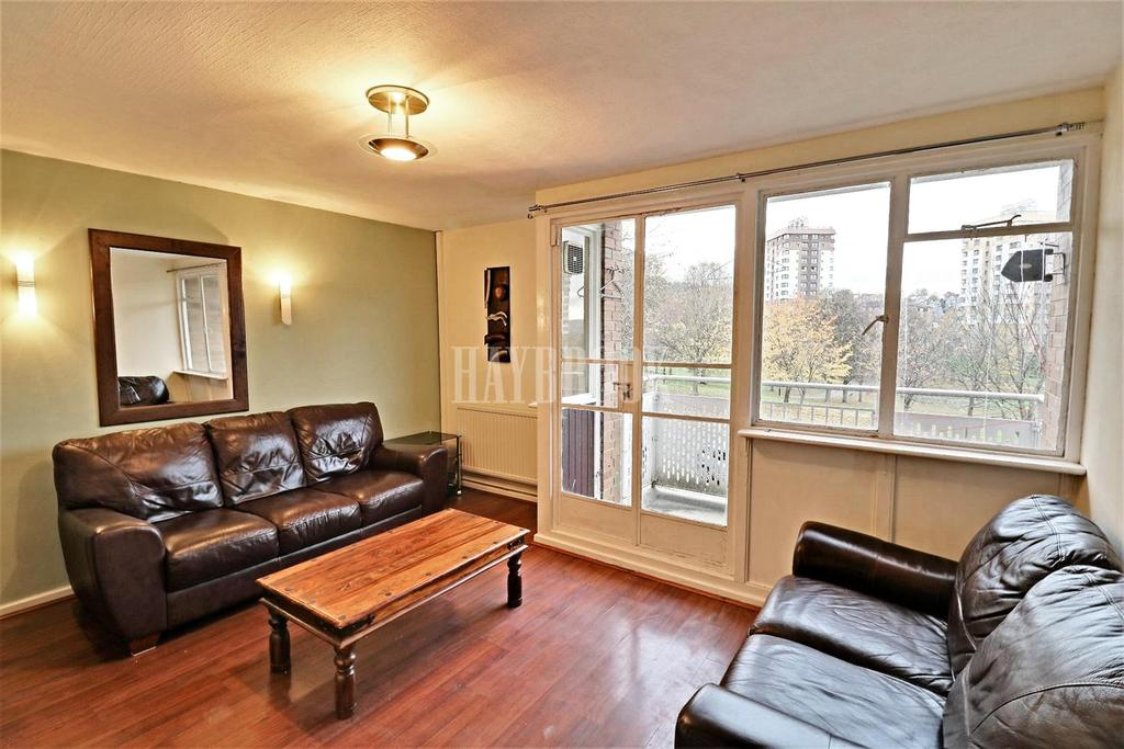 2 Bedrooms Maisonette Flat for sale in Hammond Street, Netherthorpe.