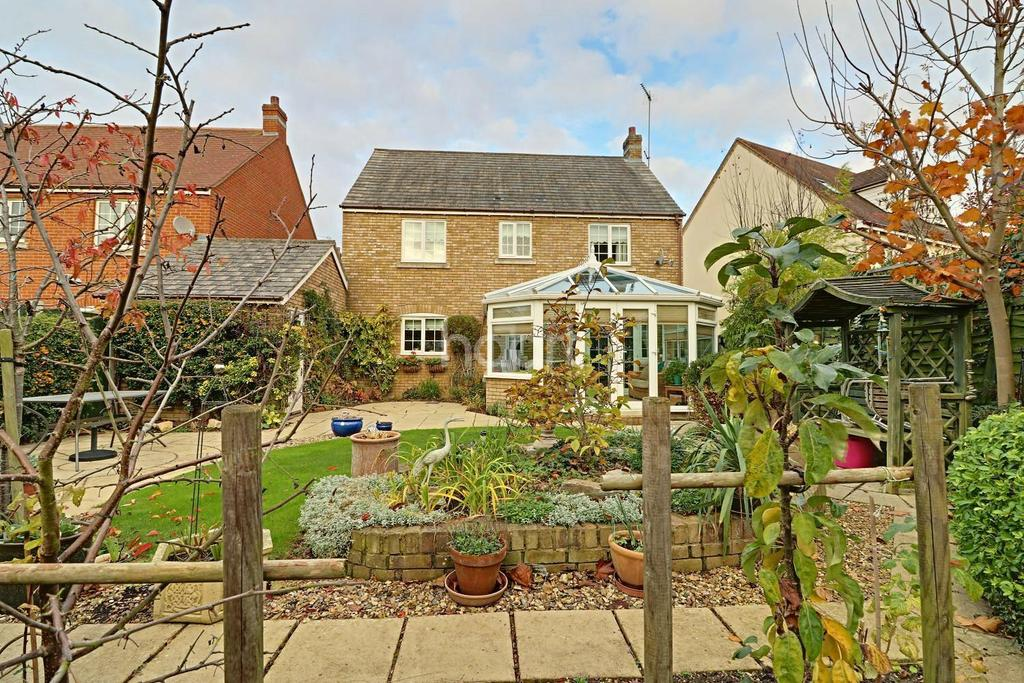 4 Bedrooms Detached House for sale in Magnolia Drive, Rendlesham