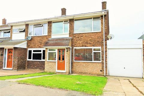 3 bedroom semi-detached house for sale - St. Andrews Road, Boreham, Chelmsford