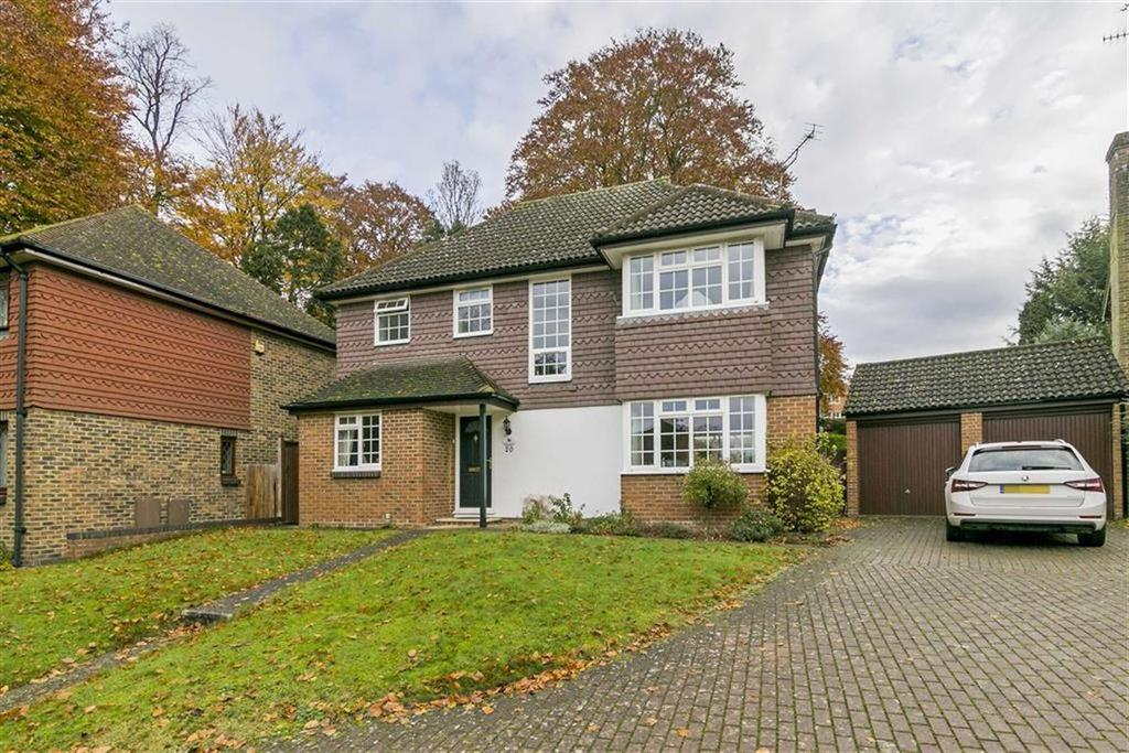 4 Bedrooms Detached House for sale in The Cedars, Ashtead, Surrey