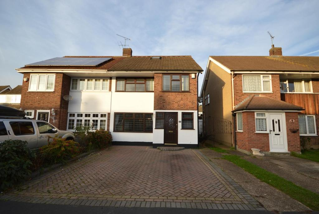 4 Bedrooms Semi Detached House for sale in Wiltshire Avenue, Hornchurch, Essex, RM11