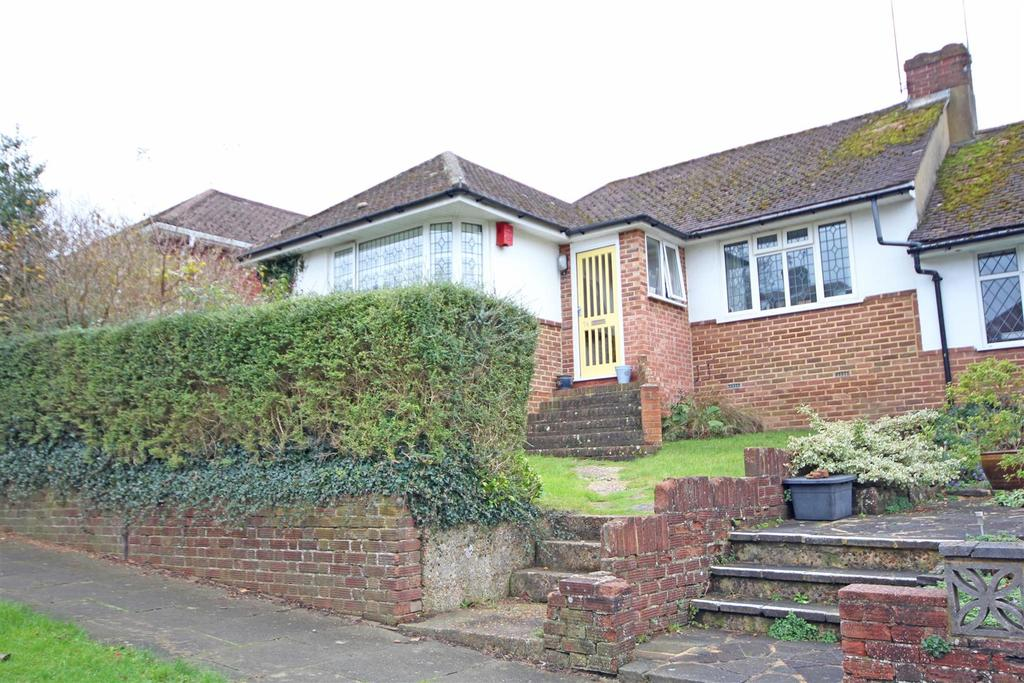 2 Bedrooms Semi Detached Bungalow for sale in Wilmington Way, Brighton