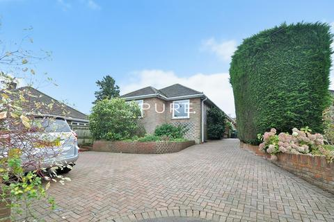 4 bedroom detached bungalow for sale - Trent Way, West End, Southampton, Hampshire, SO30 3FW