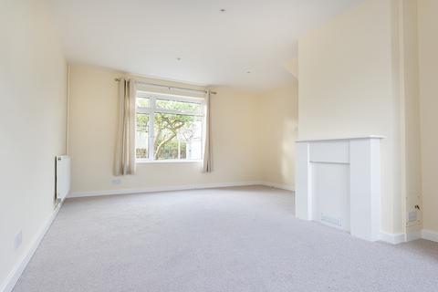 3 bedroom terraced house to rent - Warren Crescent, Headington