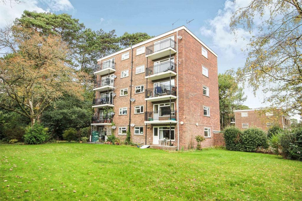 2 Bedrooms Flat for sale in 54-56 Western Road, Branksome Park, POOLE, Dorset
