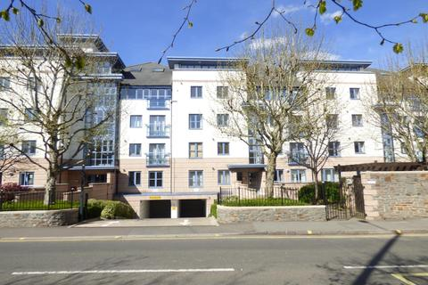 2 bedroom flat to rent - The Quays, Cumberland Road