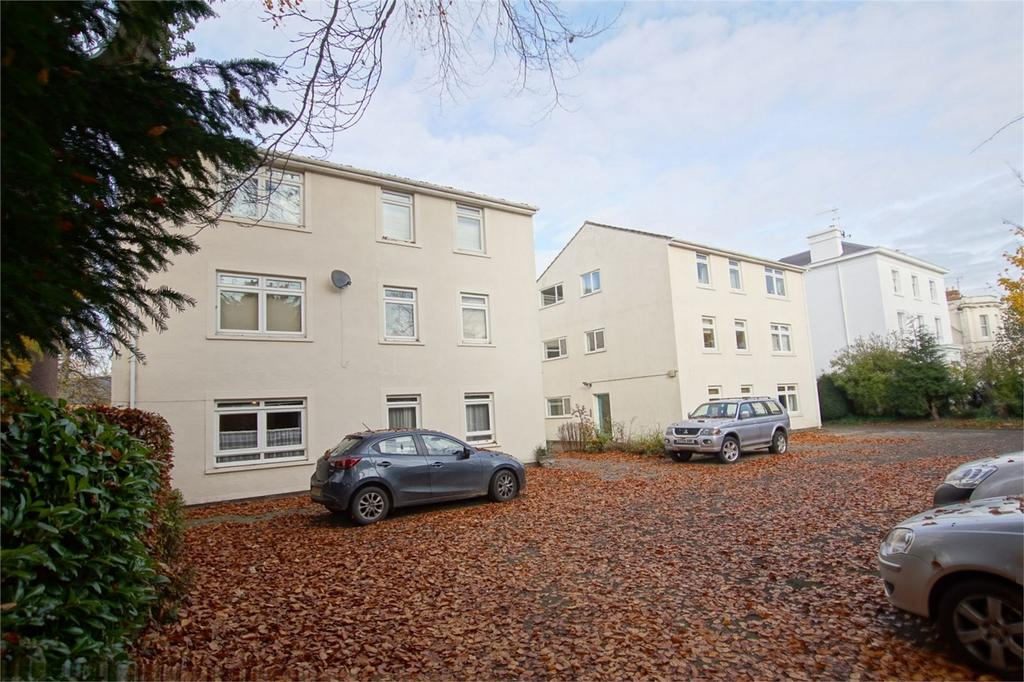 2 Bedrooms Flat for sale in 37 Leam Terrace, Royal Leamington Spa, Warwickshire
