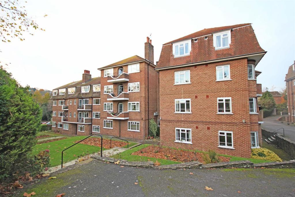 3 Bedrooms Flat for sale in London Road, Preston, Brighton
