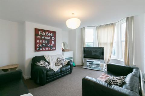 5 bedroom maisonette to rent - Starbeck Avenue, Sandyford, Newcastle Upon Tyne