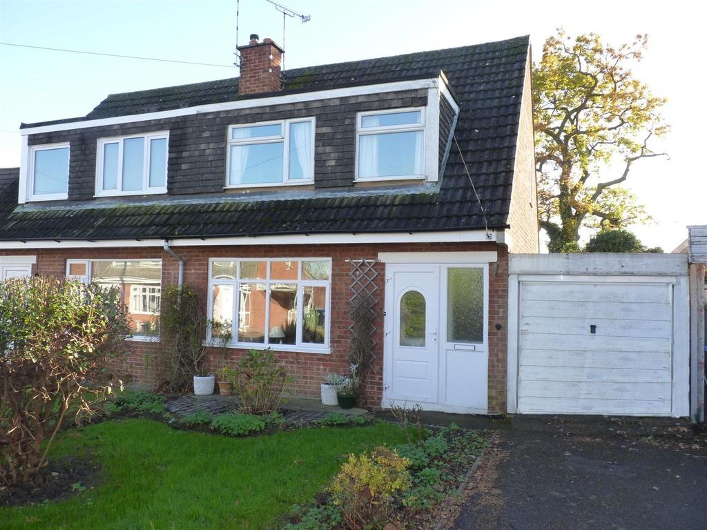 3 Bedrooms Semi Detached House for sale in The Leys, Kibworth Beauchamp
