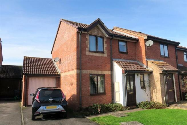3 Bedrooms End Of Terrace House for sale in Redlake Drive, Taunton TA1