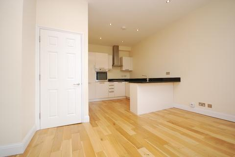 2 bedroom flat to rent - Manor Road Beckenham BR3