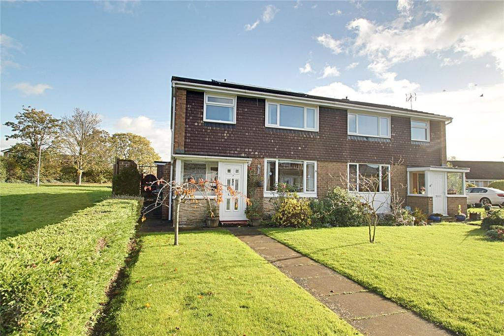3 Bedrooms Semi Detached House for sale in Honister Walk, Egglescliffe