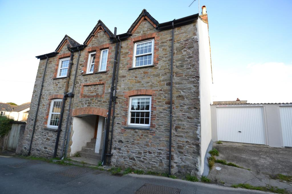 2 Bedrooms Semi Detached House for sale in Summers Street, Lostwithiel