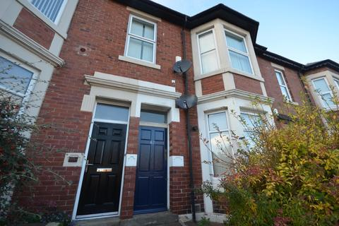 3 bedroom apartment to rent - South Gosforth
