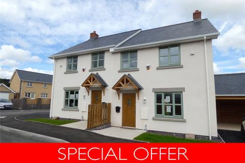 3 bedroom semi-detached house for sale - Orchard Close, Bronllys, Brecon, Powys