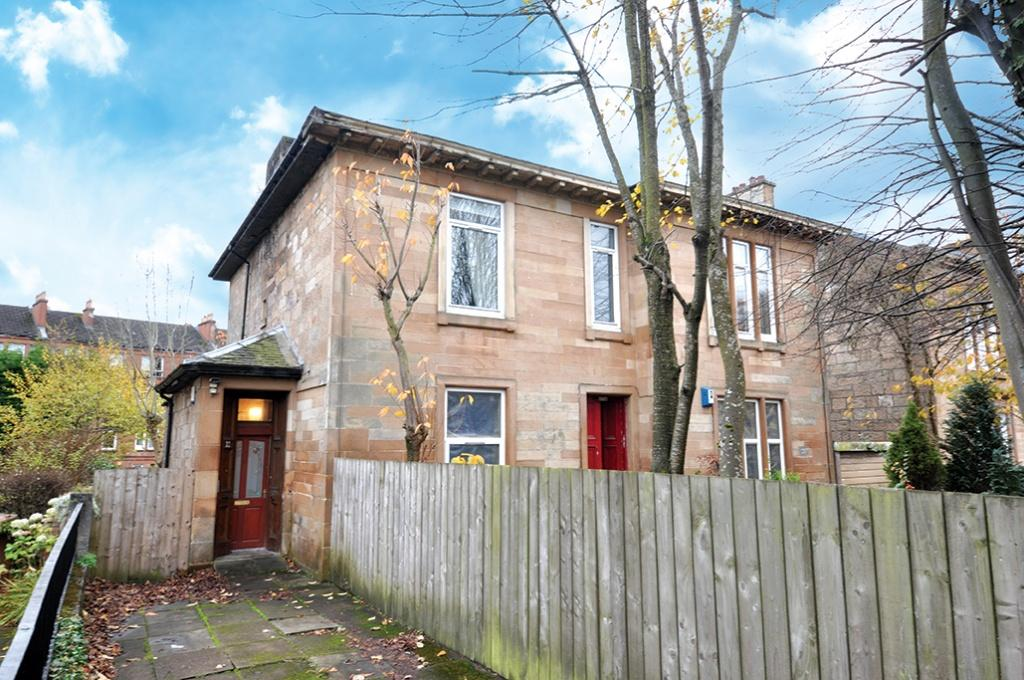 3 Bedrooms Apartment Flat for sale in 21 Shawhill Road, Shawlands, G41 3RW