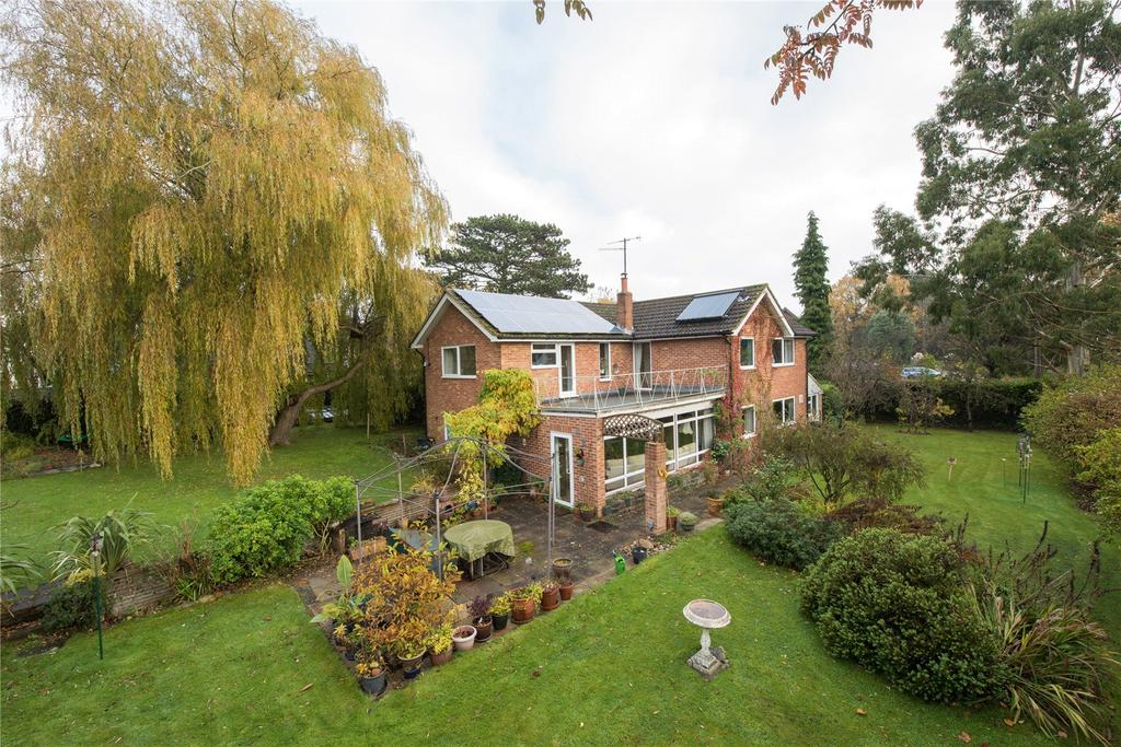 4 Bedrooms Detached House for sale in The Way, Reigate, Surrey, RH2