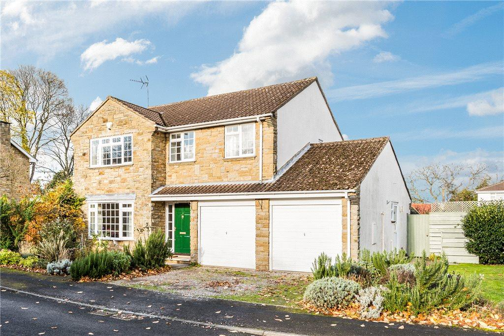 4 Bedrooms Detached House for sale in Woodlea, Boston Spa, Wetherby, West Yorkshire