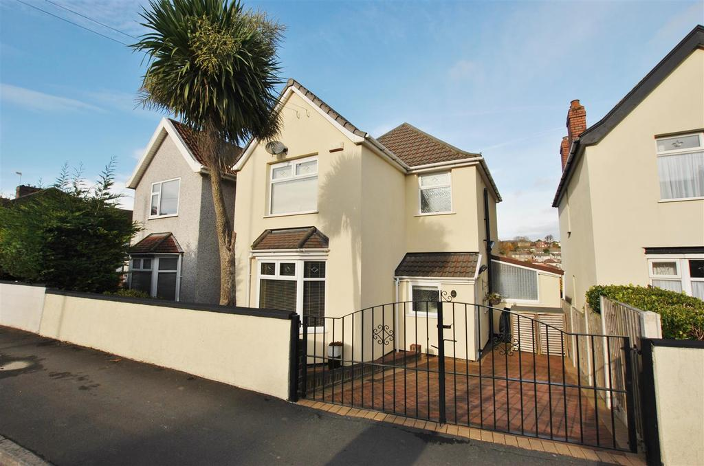 3 Bedrooms Detached House for sale in Hengrove Lane, Bristol